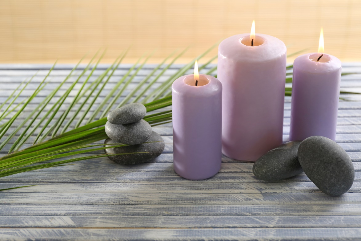 LIGHT CANDLES FOR AN AURA OF POSITIVE ENERGY